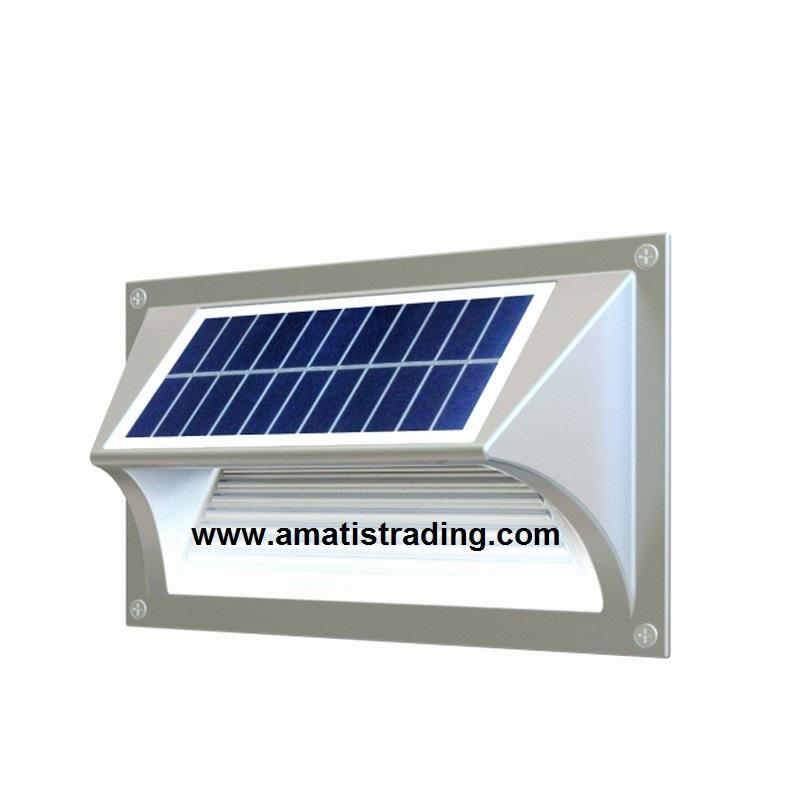 چراغ خورشیدی پله